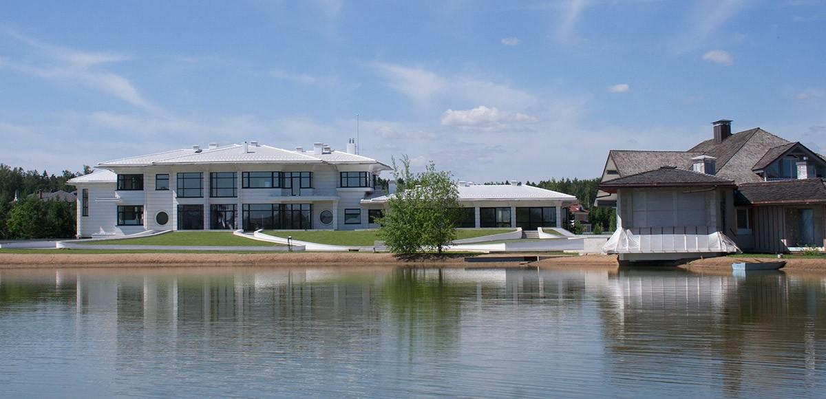 Малое озеро, вид 3, поселок Онегино