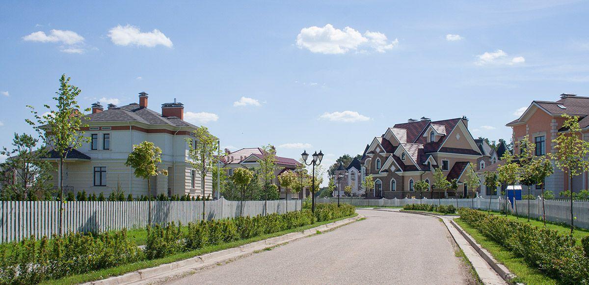Панорама улицы, вид 4, поселок Онегино