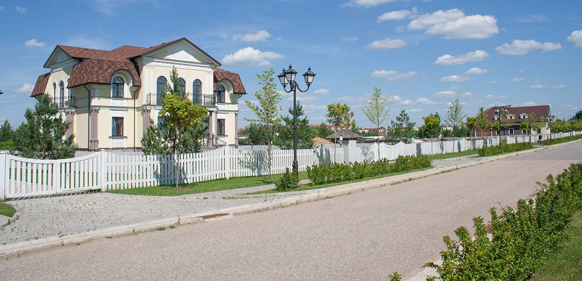 Панорама улицы, вид 3, поселок Онегино