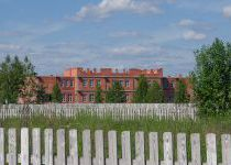 Строится школа, поселок Онегино